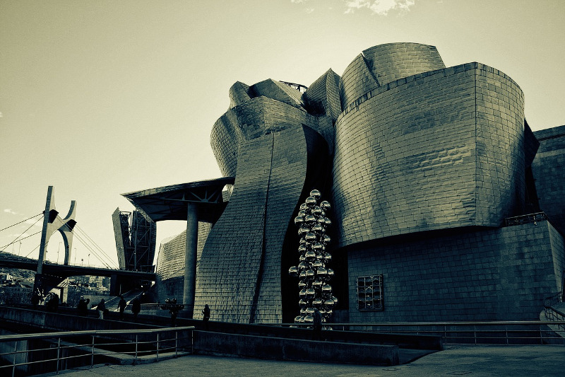 Sunday Inspirations: Create Date at the Guggenheim Bilbao
