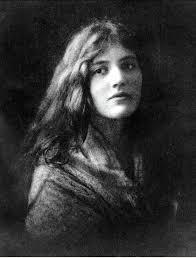 Iseult Gonne c. 1918